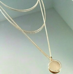Forever 21 Pendant Layered Necklace
